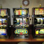 The Advantages and Disadvantages of Free Spins